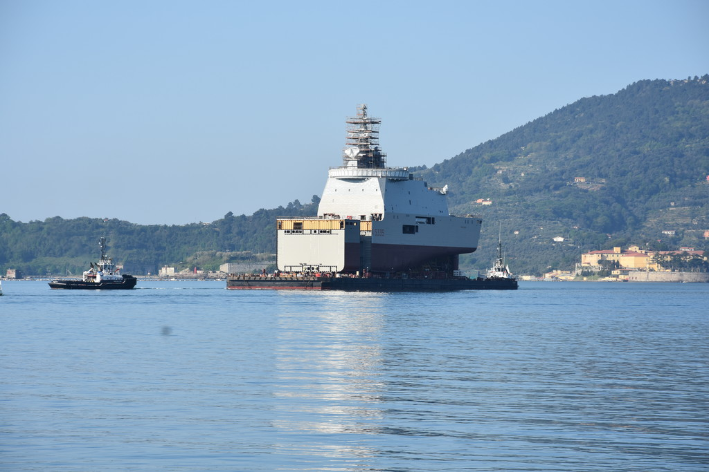Aft- and Mid-sections on 'Atlante' barge in the Gulf of La Spezia